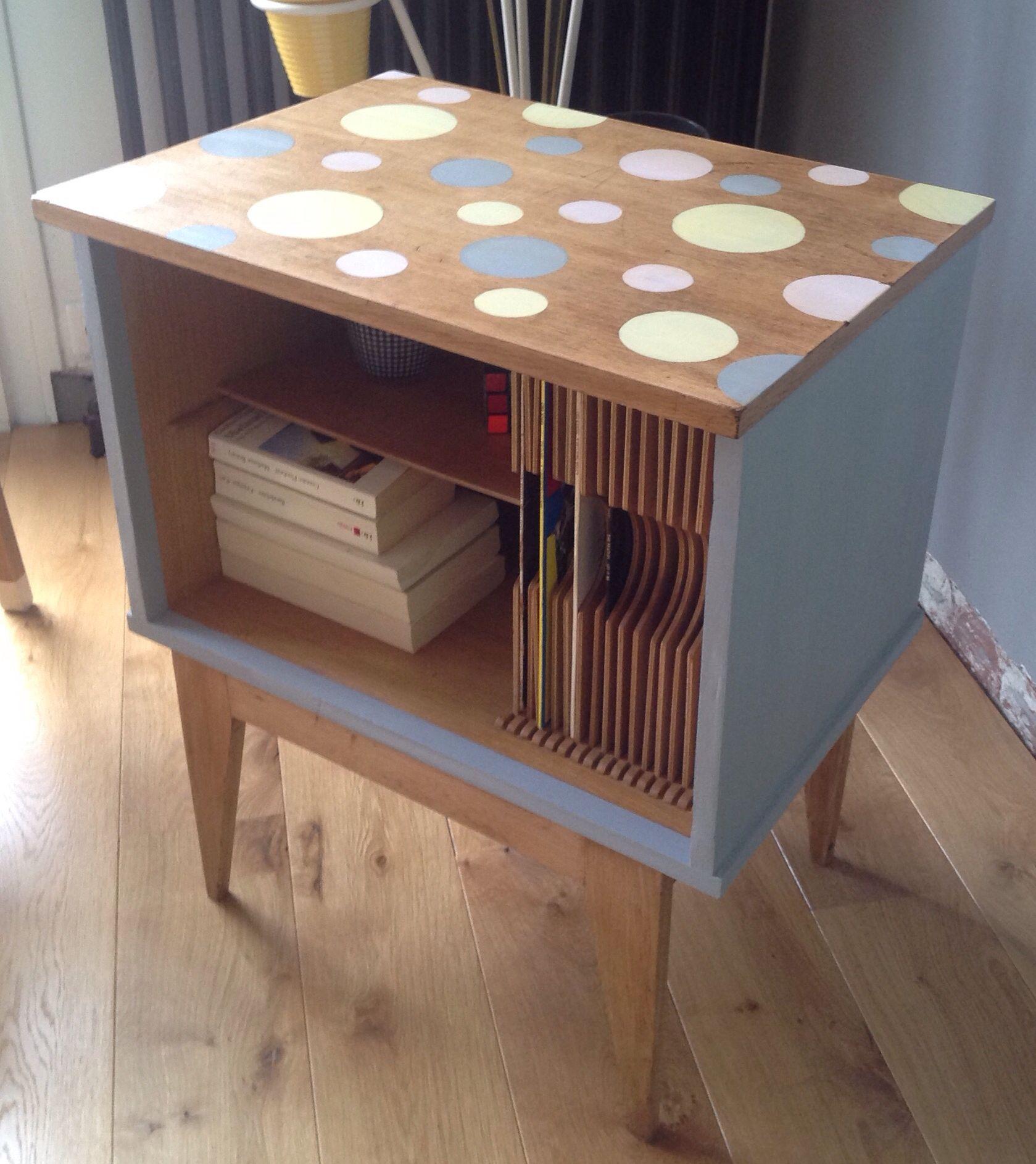 Meuble Range Vinyles Vintage 60 S Renove Par Atelier 7 Retro Visee