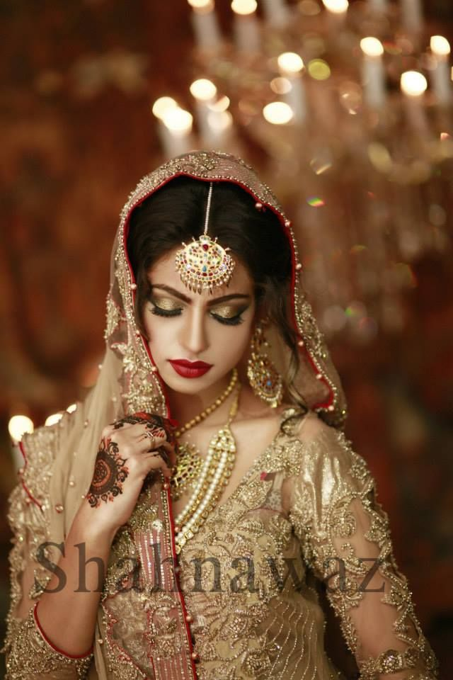 cd288291f9 Gorgeous bride, shahnawaz studio photography   Wedding photography ...