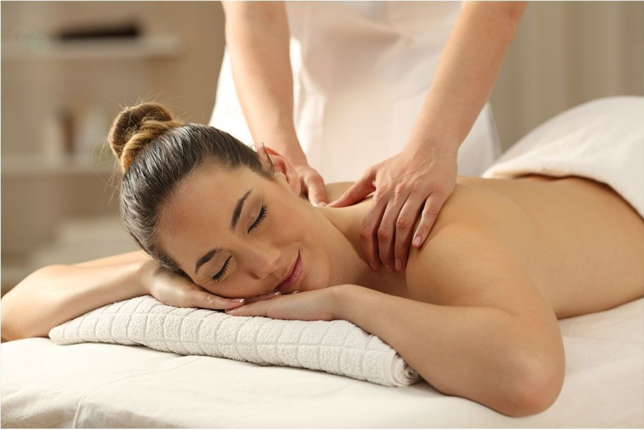 Luxury Beauty Salon Spa In 2021 Massage Images Massage Pictures Massage Therapy