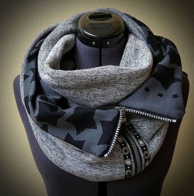 Bald wird's kalt! Da ist ein kuscheliger Schal genau das richtige. Hier kommt das ebook für eine mal etwas andere Variante, und zwar mit Reißverschluss!  Das ebook ist ausführlich bebildert und... #chechetutocouture