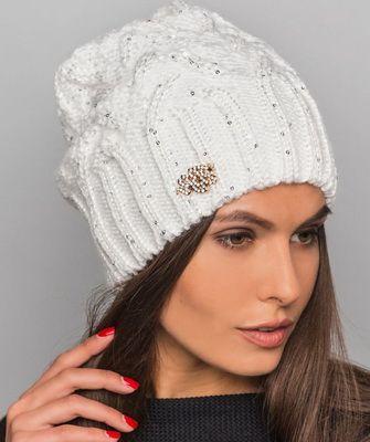 Вязаные шапки для женщин. Схемы вязания 100 82