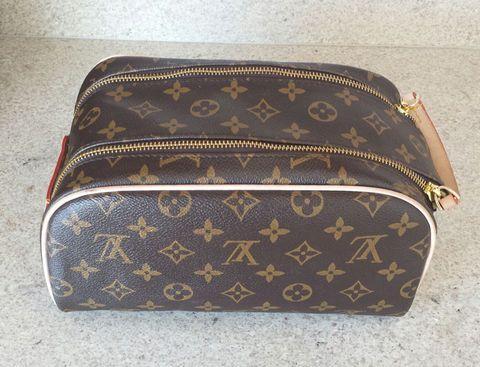 8bef2c9d639 Réplica Necessarie Frasqueira Louis Vuitton Canvas Monogram Top Premium  Todas as nossas réplicas de primeira linha