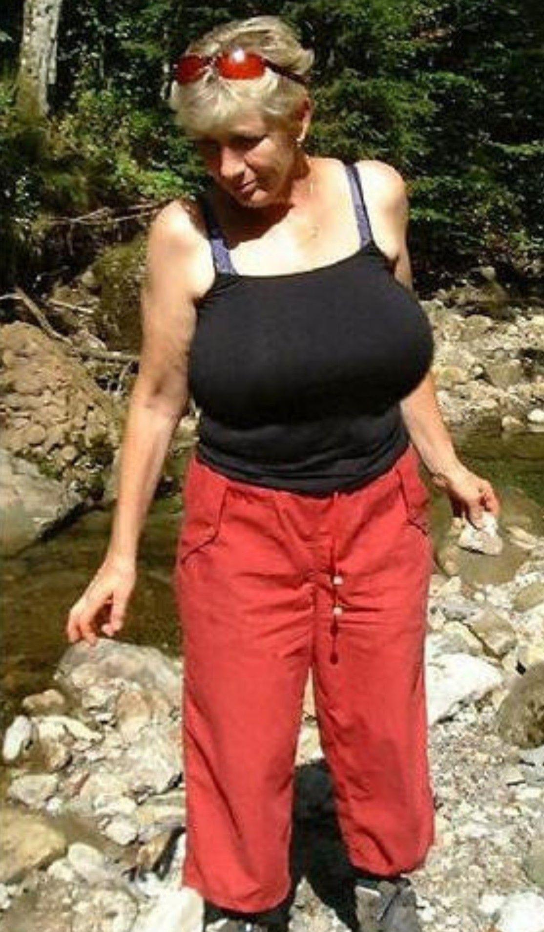 Pin by Debbie on greta guugili in 2021 | Pants, Parachute