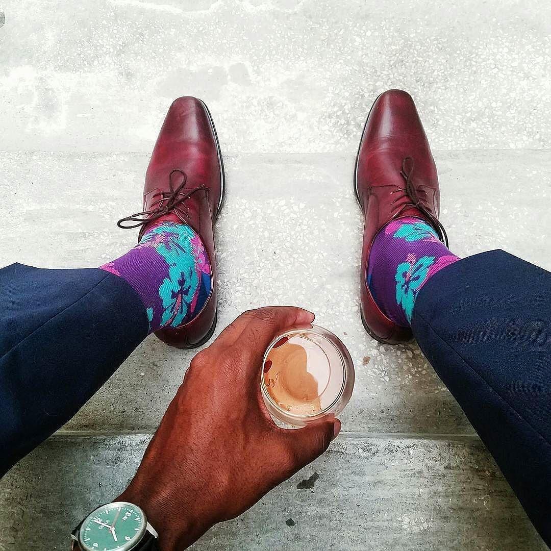 Stay classy. Great photo by @the_sockateur      #dailywatch #watch #watchstyle #instawatch #menwatch #watchoftheday #mensgoods #menstyle #instastyle #timepiece #klocka #mrwatchguide #watchmania #accessories #preppy #inspiration #fashion #watchstrap #klocksnack #tidssonen #watchdaily #horology #watchporn #wristwatch #wotd #dinkawatches #vintage