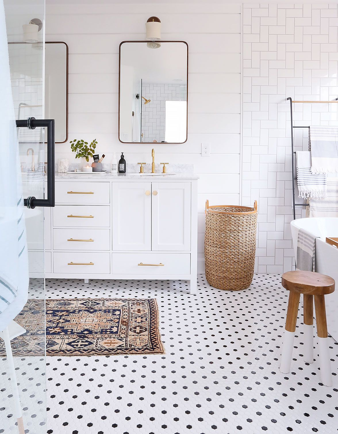 Choosing Bathroom Colors and Product for Remodel | Small bathroom ...