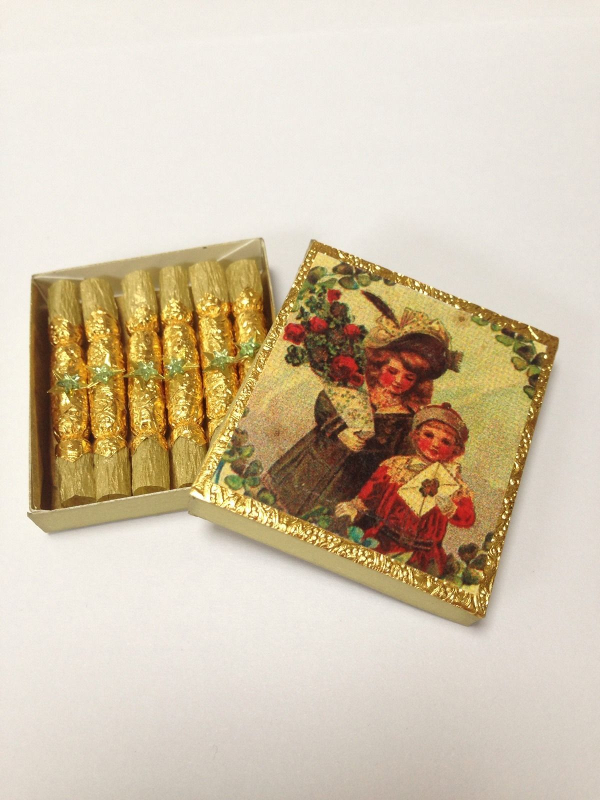 miniature christmas decorations for dollhouses