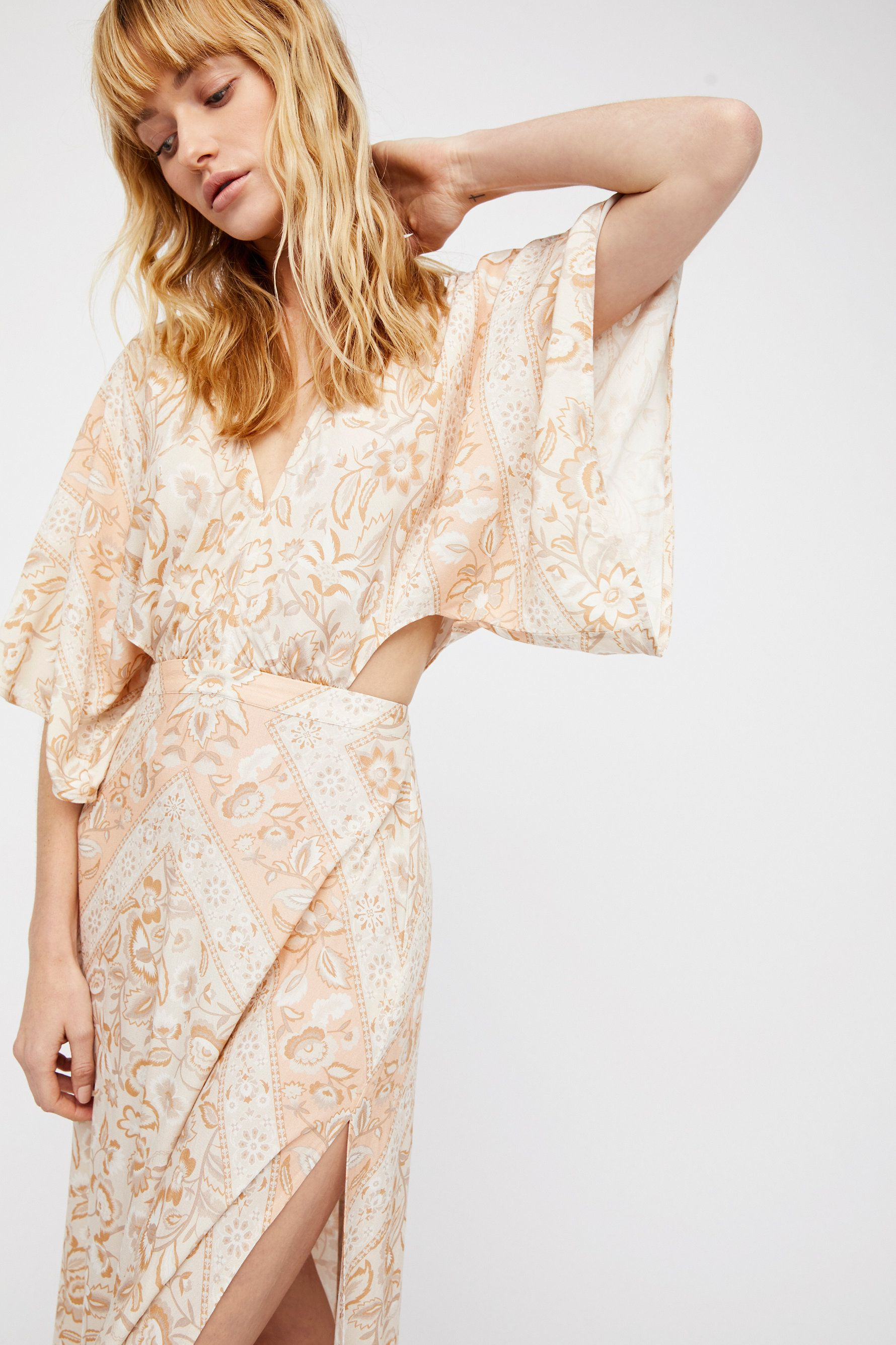 Lolita cut out maxi dress beautiful and flowy this delicate