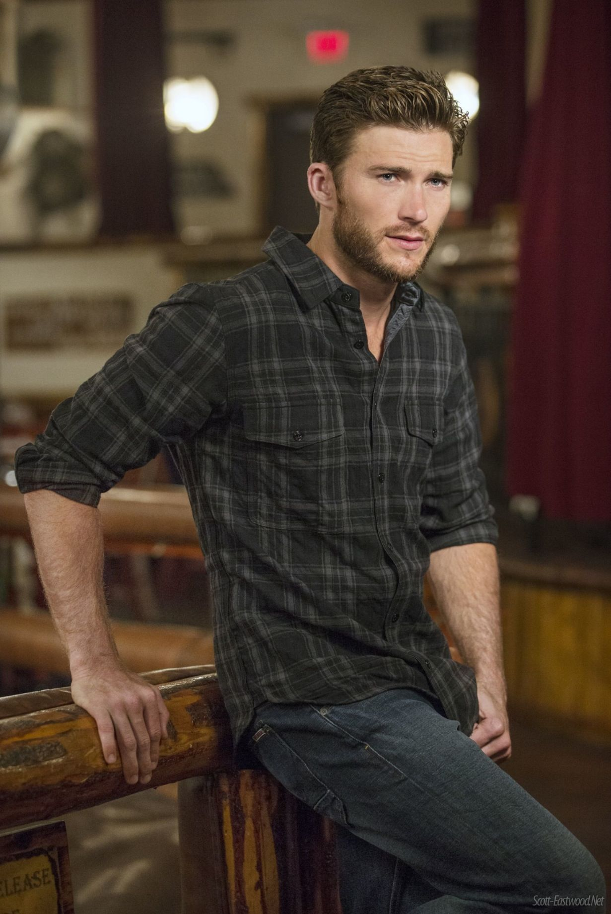 Hollywood actor Scott Eastwood: through the thorns to the stars 38