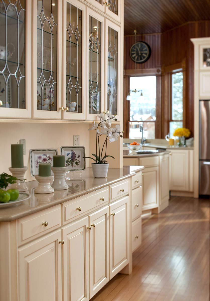 Corner Kitchen Hutch White Butlers Pantry With Leaded Glass Waypoint Living Spaces Style