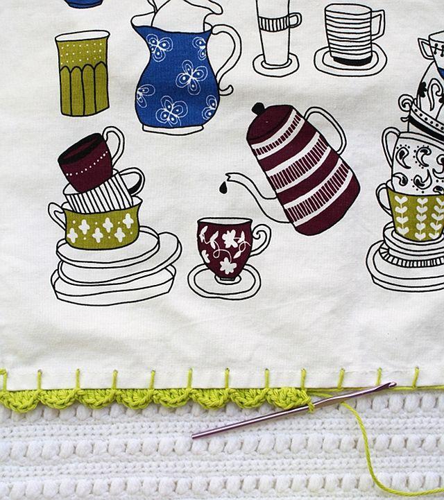Adding a Crochet Edge to a Tea Towel