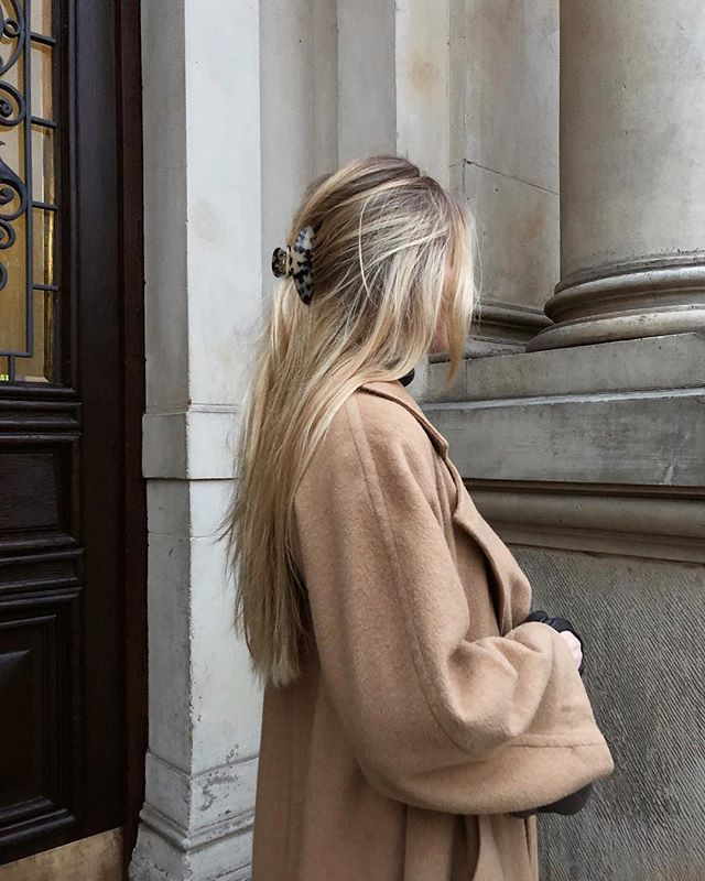 Today's details. Burberry's vintage camel hair coat and hairclip