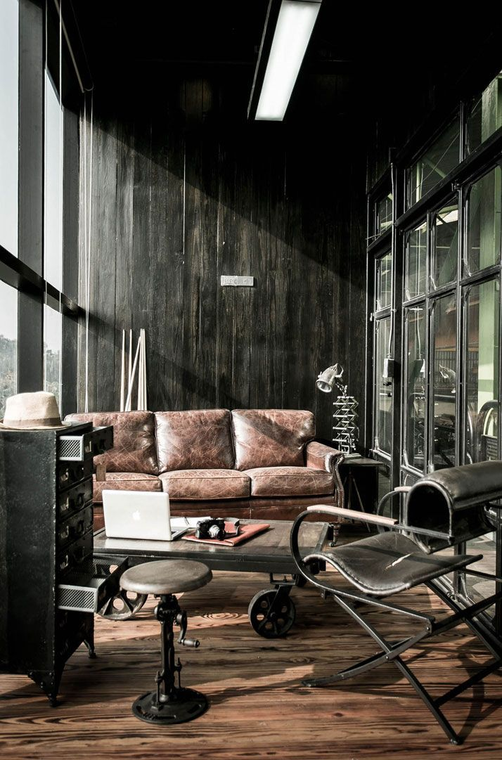 Industrial Look Interiors s construction offices in bangkok, thailand,metaphor design