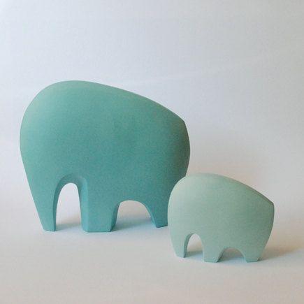 großer blaugrüner Elefant von AnneRoessler auf Etsy, $110,00