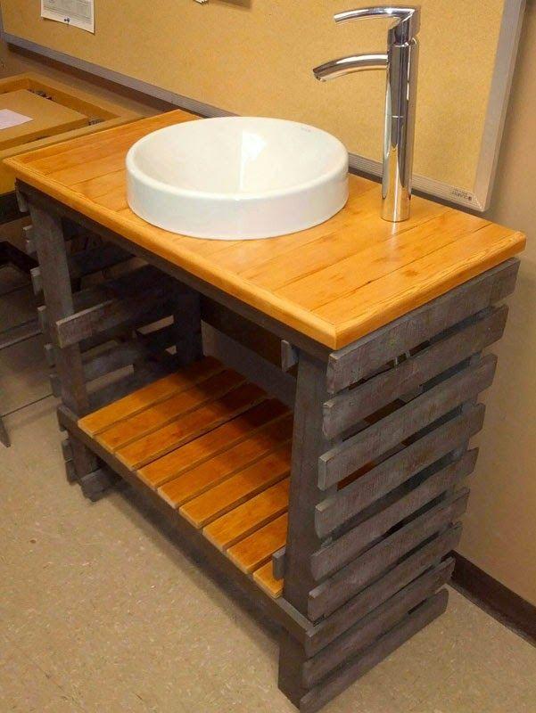 Muebles de palets fant stico lavamanos para el ba o hecho for Muebles de palets precio