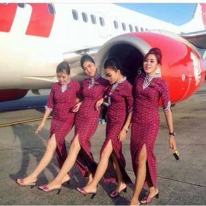Persyaratan Pramugari Lion Air Apakah Harus Bisa Bahasa Inggris Pramugari Gaya Rambut Korea Foto Teman