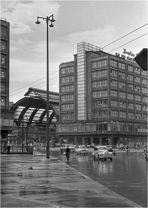 Ostberlin Alexanderplatz Ende Der 50er Jahre Www Ddr Fotos De Ddr Fotoarchiv Von Marco Bertram Ostberlin Berlin Hauptstadt Ddr