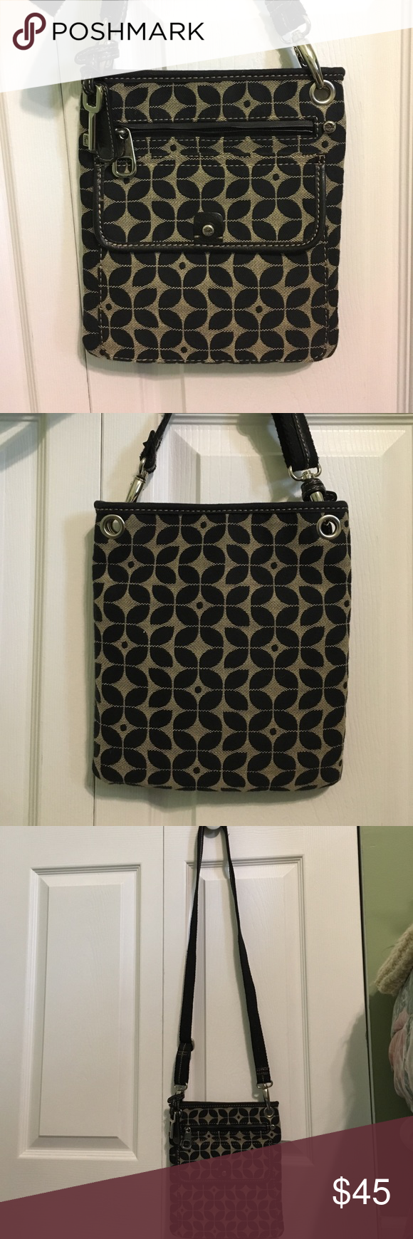 Fossil Crossbody - Black & Tan Canvas Pattern This Fossil crossbody bag has only been used a few times and is still in excellent condition. Lots of pockets for interior and exterior storage. Cute canvas pattern. Adjustable/removable canvas strap. Fossil Bags Crossbody Bags