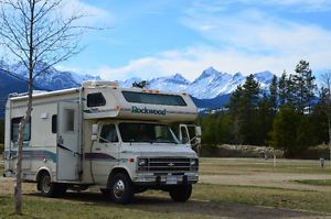27985a473c 1993 Chevy G30 Motorhome Rockwood 21ft Class C RV in august Vancouver  Greater Vancouver Area image 1