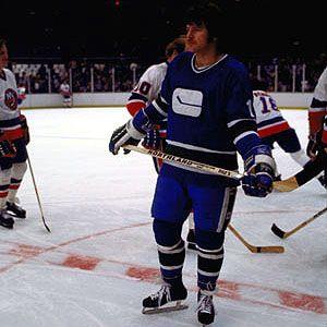 Brad Gassoff with Canucks warming up vs. Islanders.