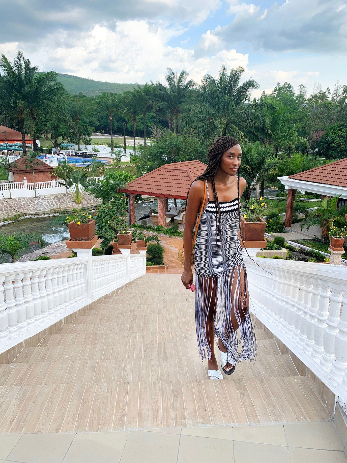 Cool Girl Stylist Peju Famojure S Guide To Shopping And Relaxing In Republic Of Congo Cool Girl Girl Stylists