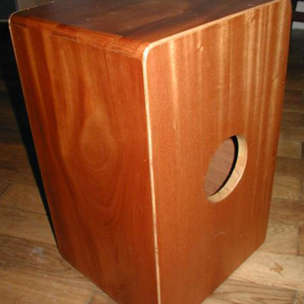cajon bauanleitung und cajon spielen lernen kostenlose bauanleitungen mit denen sie ein cajon. Black Bedroom Furniture Sets. Home Design Ideas