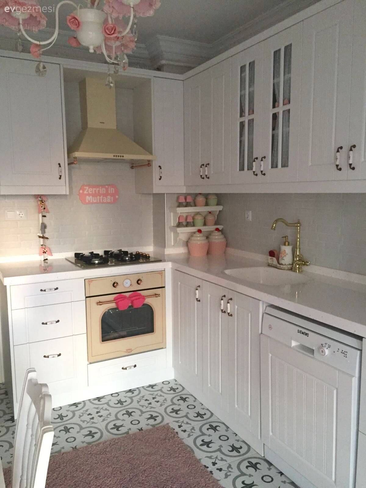 30 Nifty Small Kitchen Design And Decor Ideas To Transform Your Cooking Space Small Kitchen Decor Kitchen Design Small Kitchen Cabinets Models