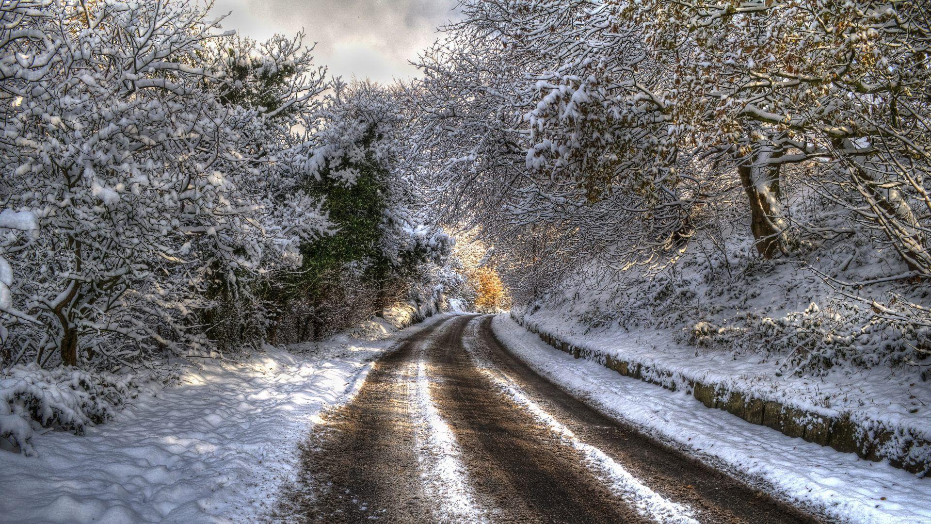 Fondo Escritorio Paisaje Nevada En Cumbre: Carretera Cubierta De Nieve