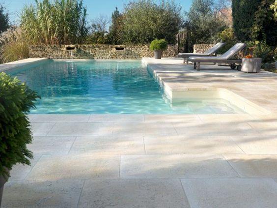 Quel rev tement de sol pour les abords d 39 une piscine pierre reconstit - Dalles pierre reconstituee ...