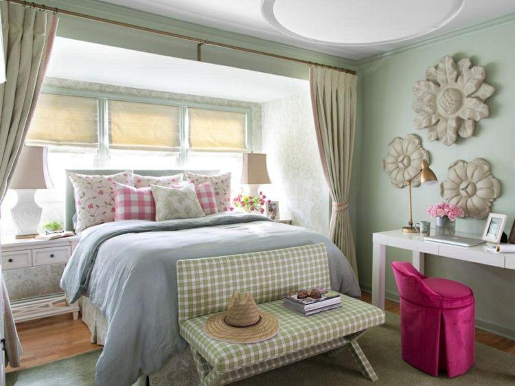 Schlafzimmer im Landhausstil mit tollen Pastellfarben eingerichtet - wohnideen fur schlafzimmer designs