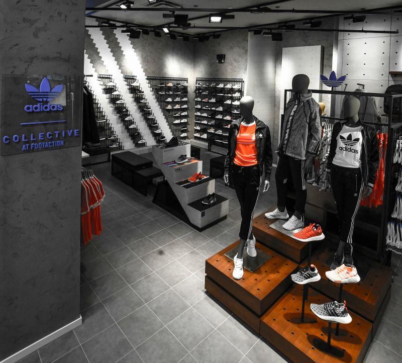 debate Antídoto Desfavorable  adidas Originals Collective, photo supplied) | Lojas esportivas, Layout,  Decoração cozinha