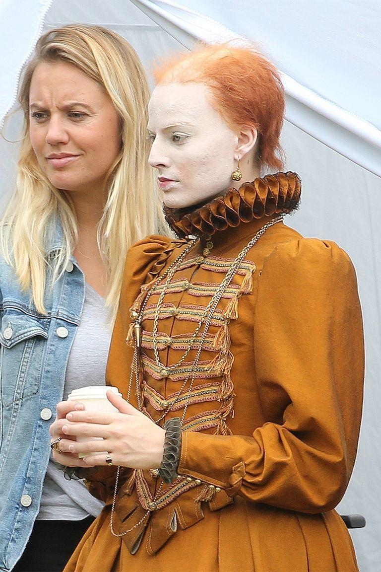 Margot Robbie Undergoes a Shocking Transformation as Queen Elizabeth I for Her New Film