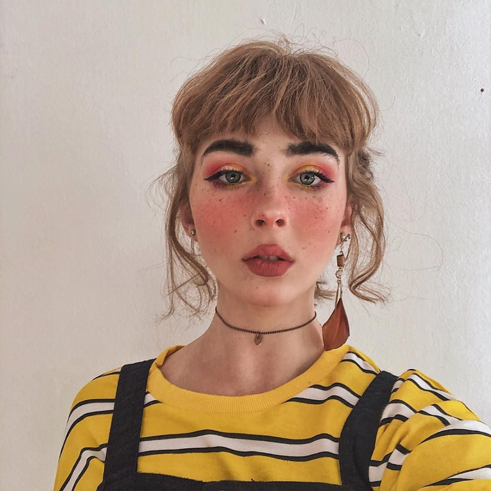Yellow Egirl Makeup Google Search In 2020 Girls Makeup Freckles Makeup Peach Makeup