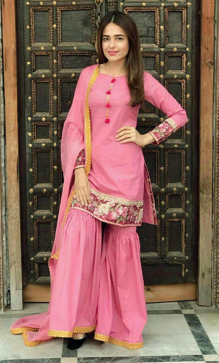 pintrest@Dixna deol   DESIGNS   Pinterest   Indian wear, Traditional ...