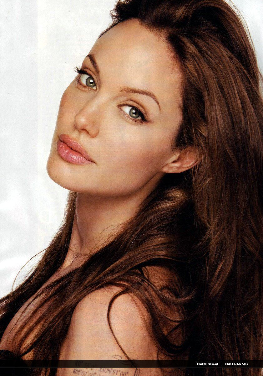 Famous Pretty Girls: 2010 Angelina Jolie Elle Magazine