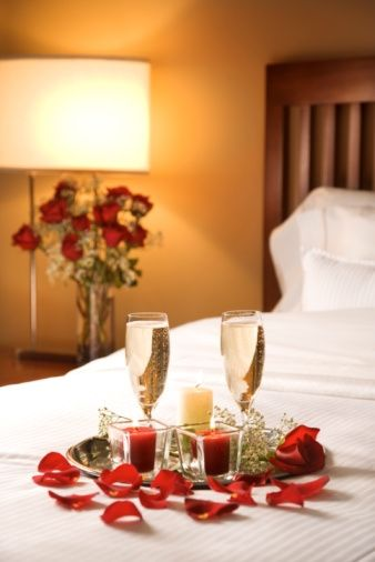 Romantic Hotel Room Ideas: Freak-out: We Decorated The Wrong Wedding-Night Hotel Room