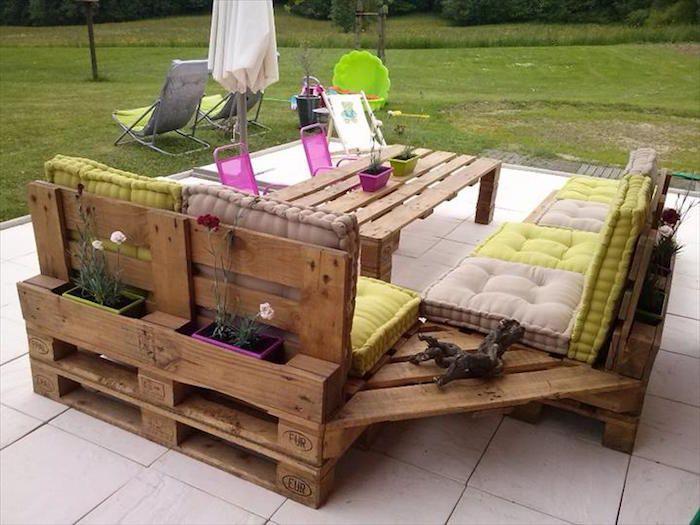 Salon de jardin en palette design idée meubles en bois palettes ...