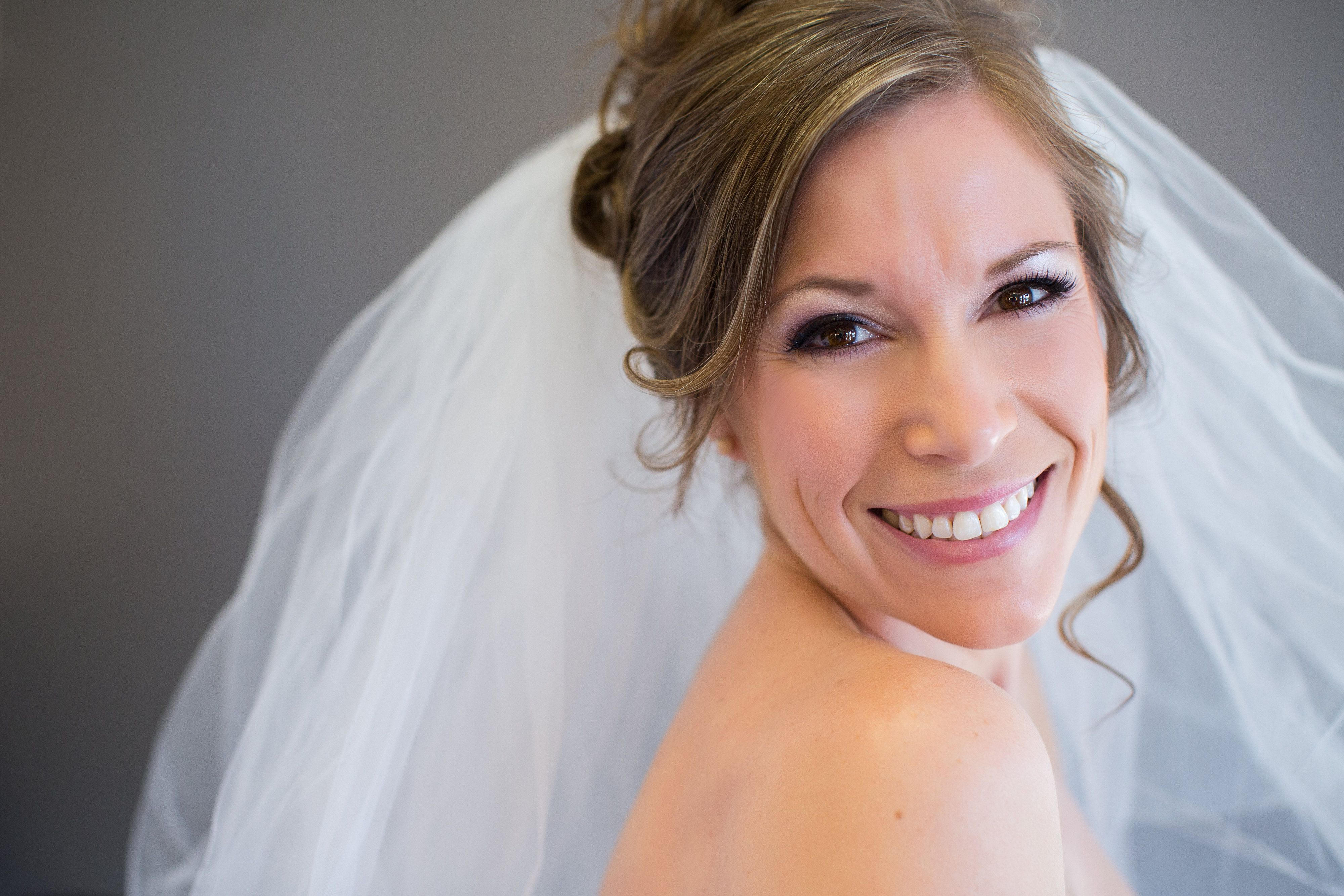 elegant bridal makeup by lavish bronzing boutique, eugene