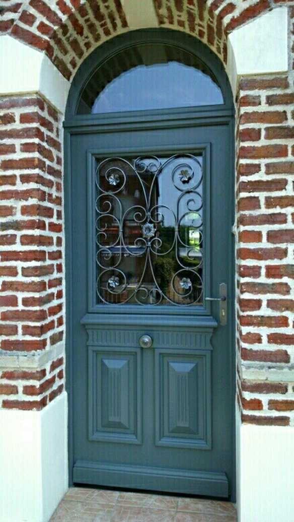 Belle porte d\u0027entrée en bois PORTES D\u0027ENTREE Pinterest