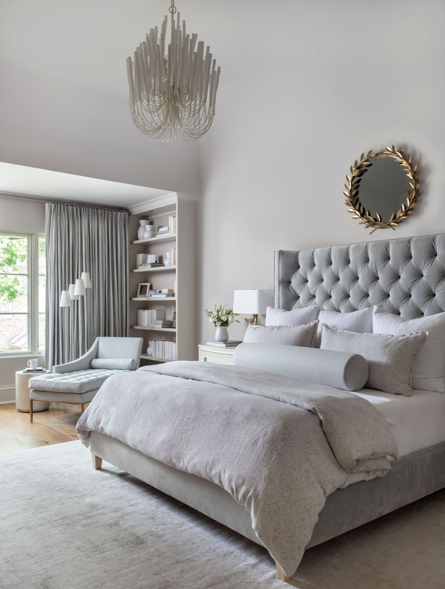 Cozy All White And Grey Bedroom Decor With Diamond Tufted Headboard In Grey Velvet In 2020 Grey Bedroom Decor Bedroom Interior Bedroom Images