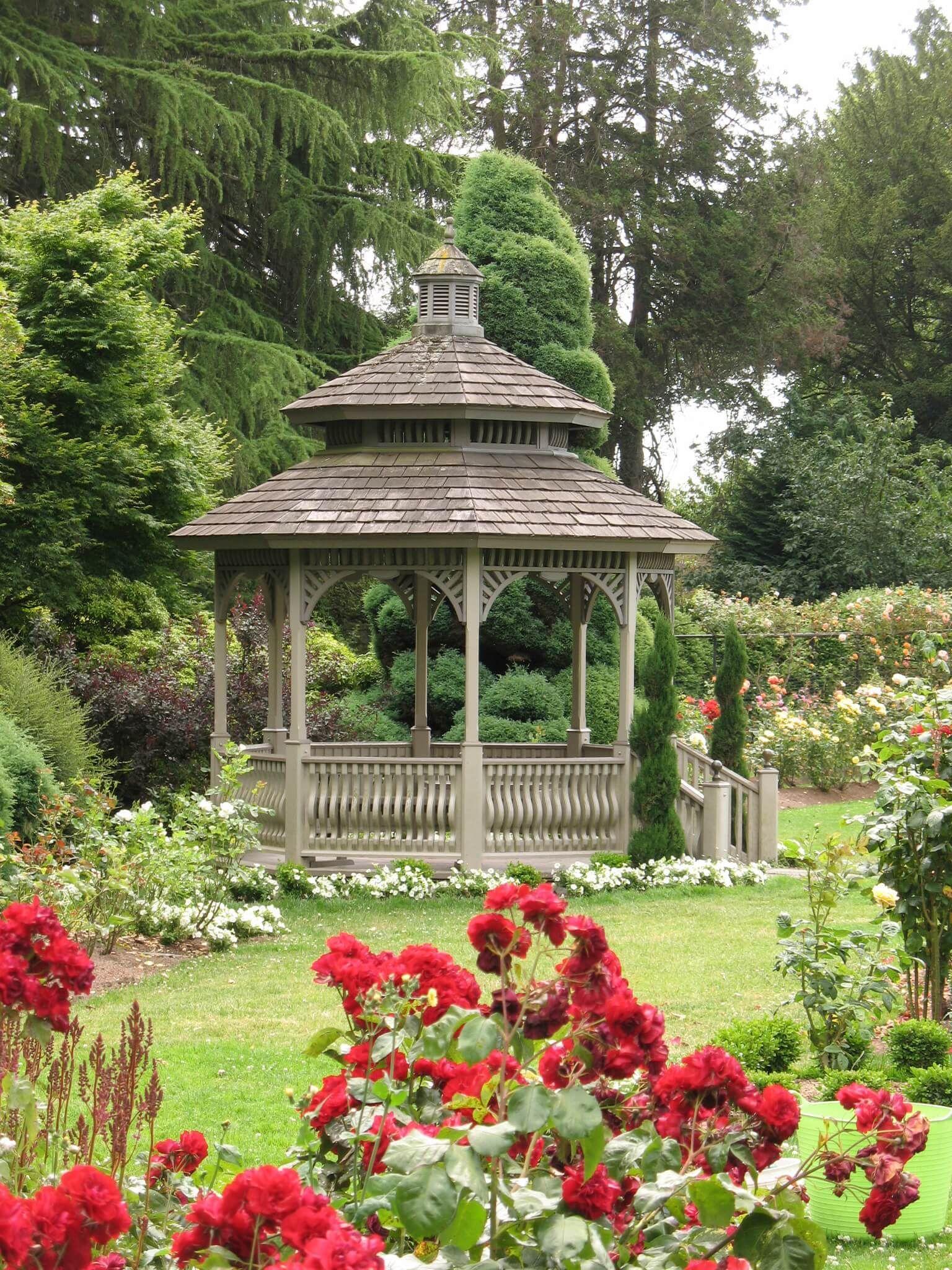 32 Garden Gazebos For Creating Your Garden Refuge