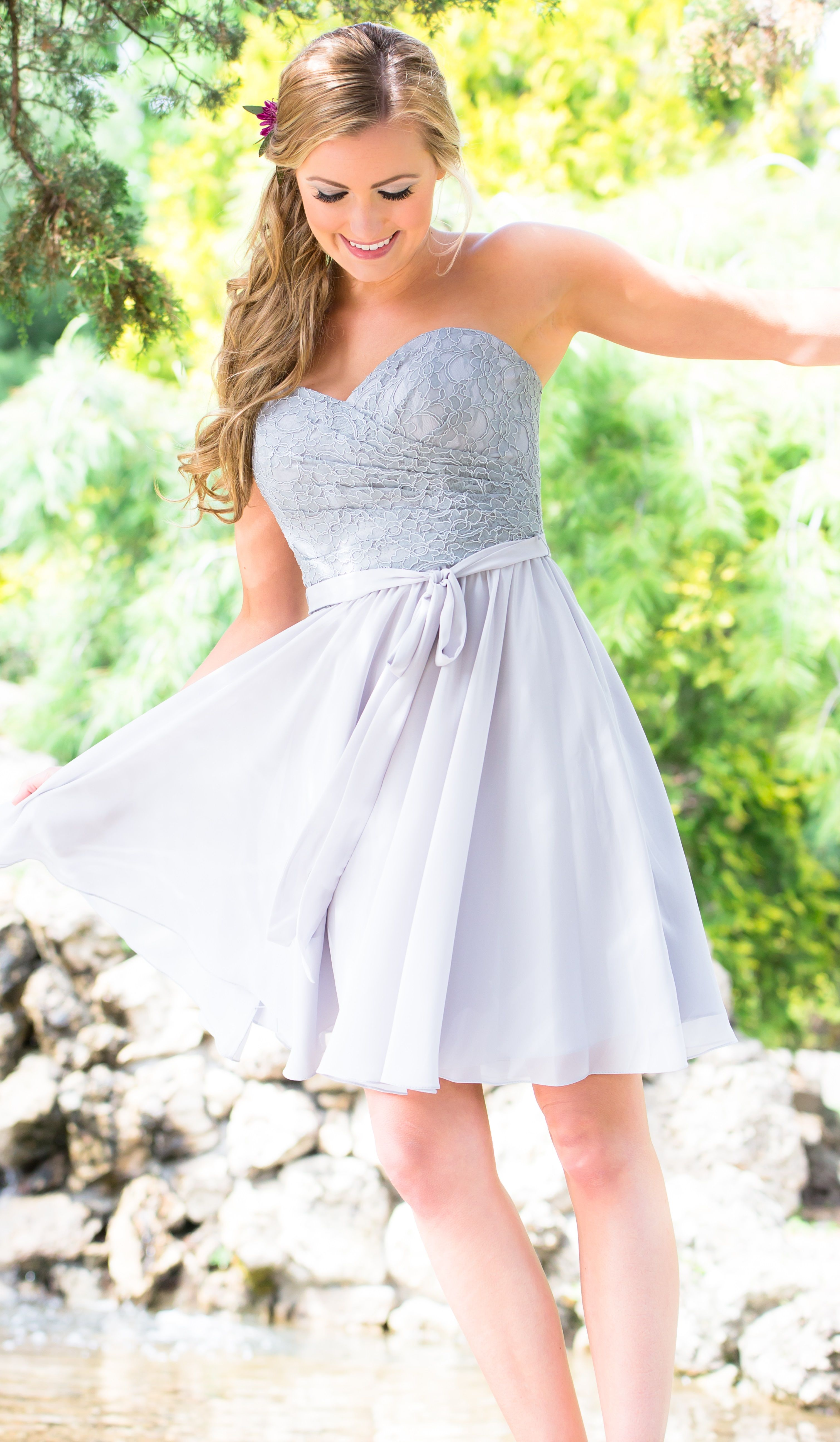 Outdoor summer wedding dresses  Laura  Kant Bruiloft en Zomer