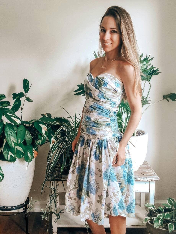 Hydrangeas Drop Waist Dress 80s Cotton Sweetheart Neckline Etsy Dropwaist Dress Dresses Strapless Dress Formal [ 1224 x 920 Pixel ]
