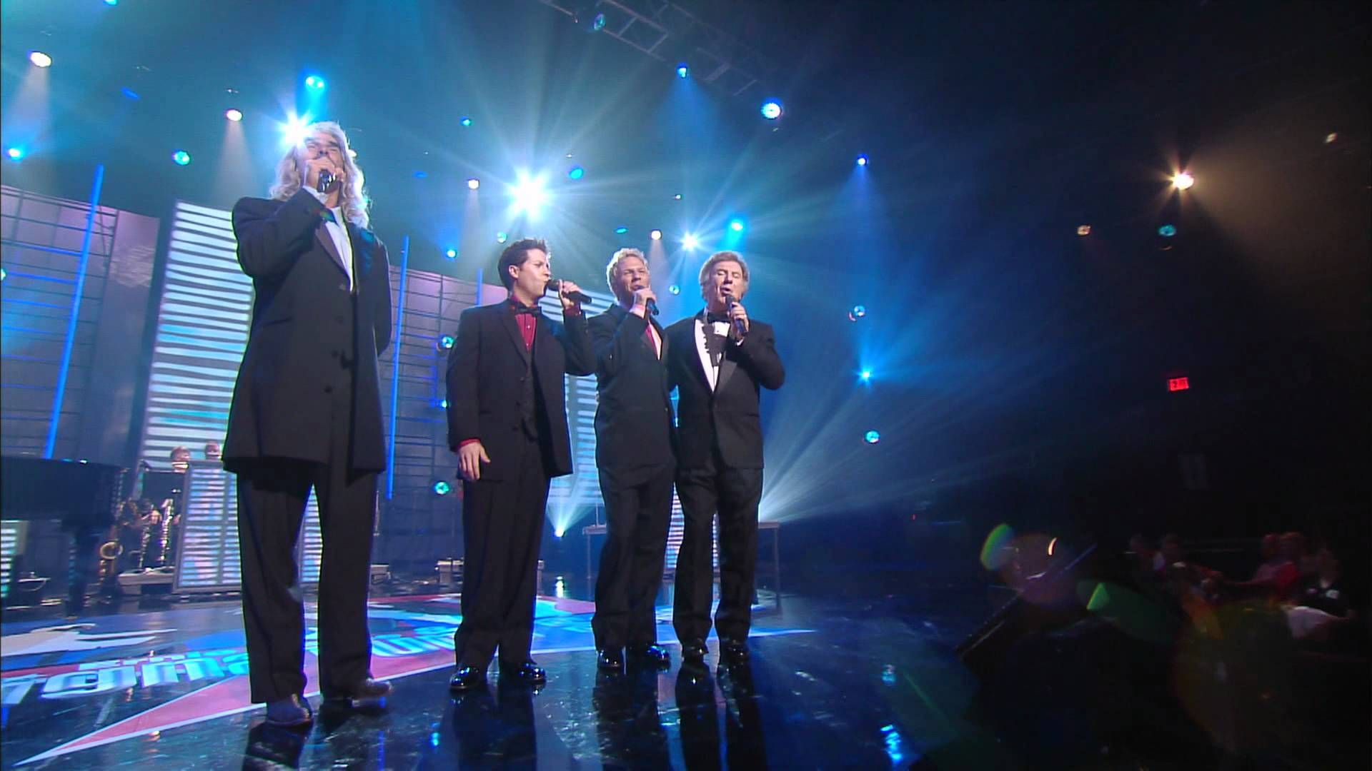 Bill & Gloria Gaither - Home [Live] ft. Gaither Vocal Band ...