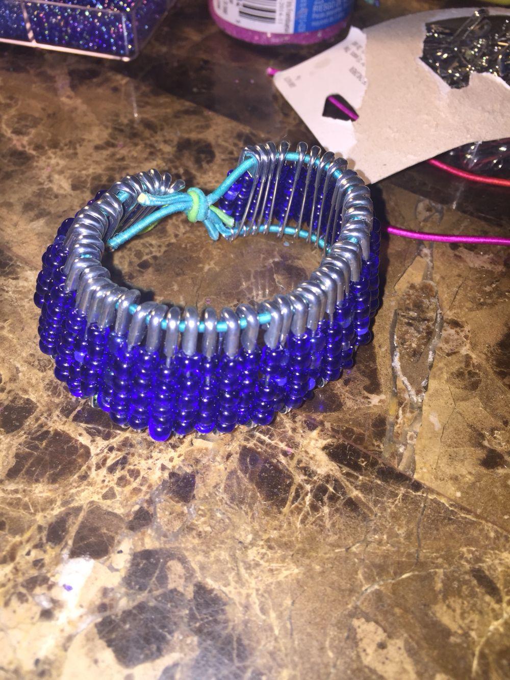 Diy safety pin bracelet safety pin bracelet diy safety