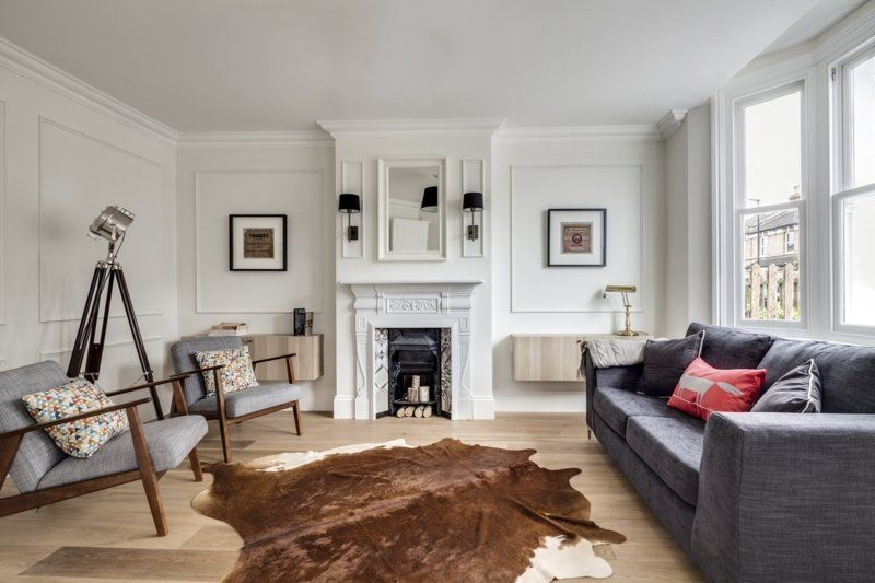 Stilvolle Klassische Wohnzimmer-Einrichtung, Holzboden Mit