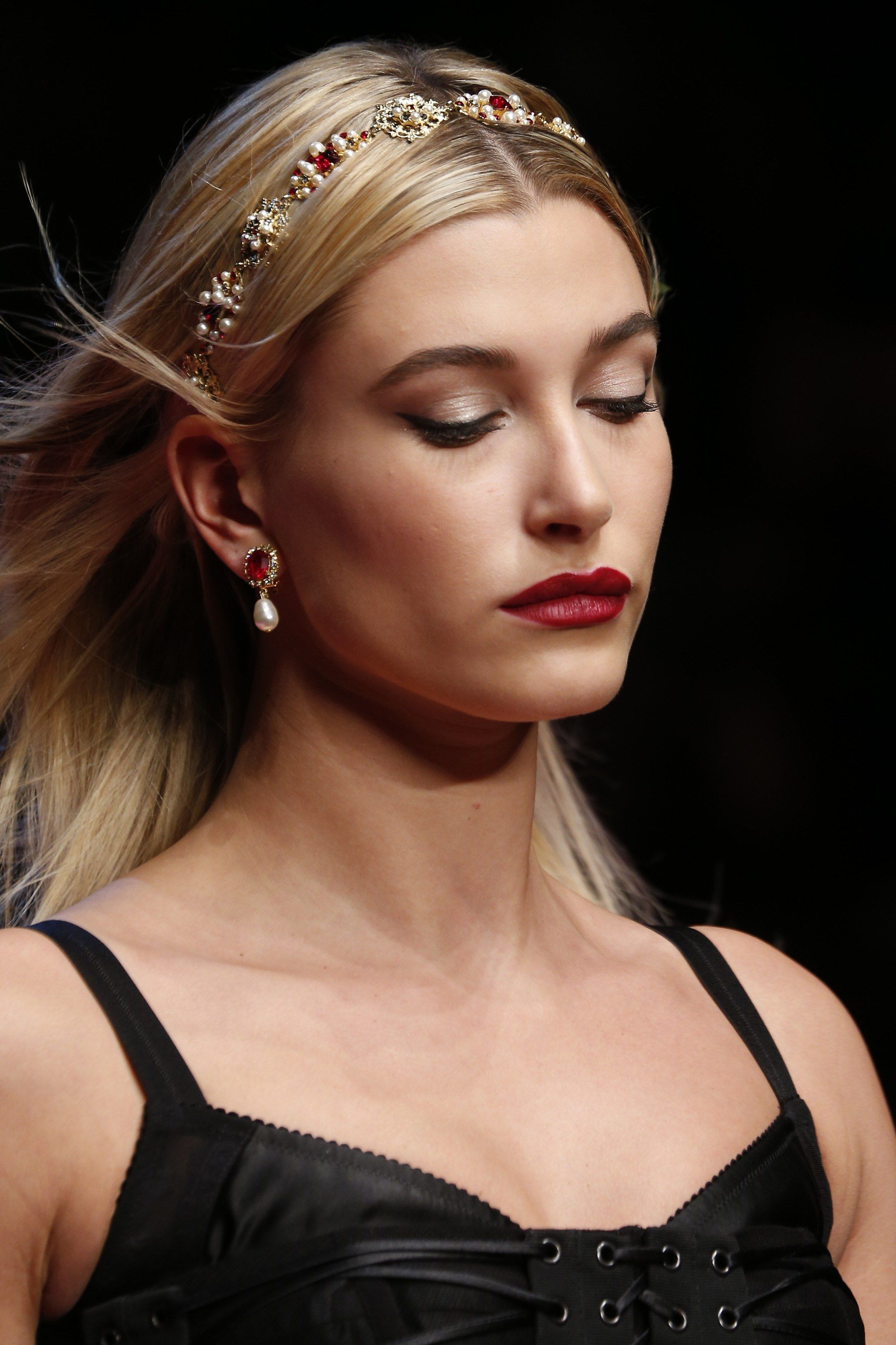 2019 year look- Summer spring hair accessory trends