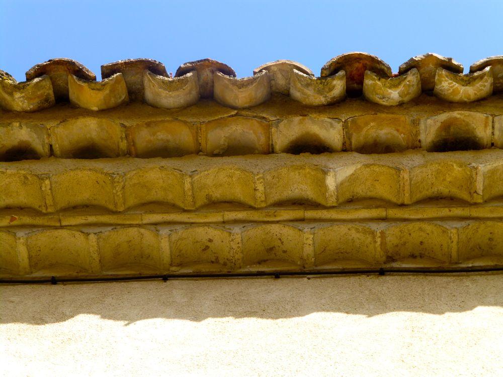 Pin De Llianne En Roof Hacienda Genoise Tile Techo De Teja Techos Loseta