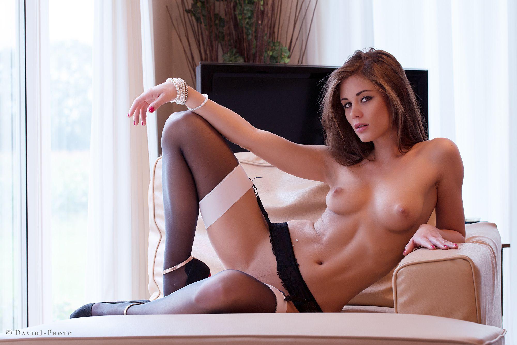 Лайф видео порнозвезда каприс видео секс