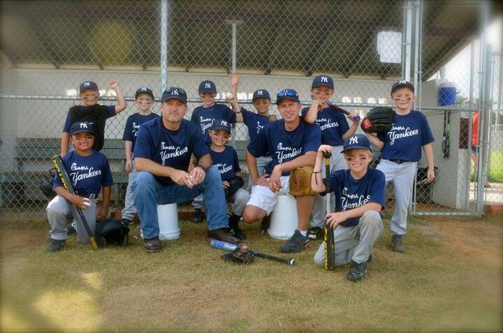 Pin By Shawna Costa On Junk Drawer Baseball Photography Kids Sports Photography Team Mom Baseball