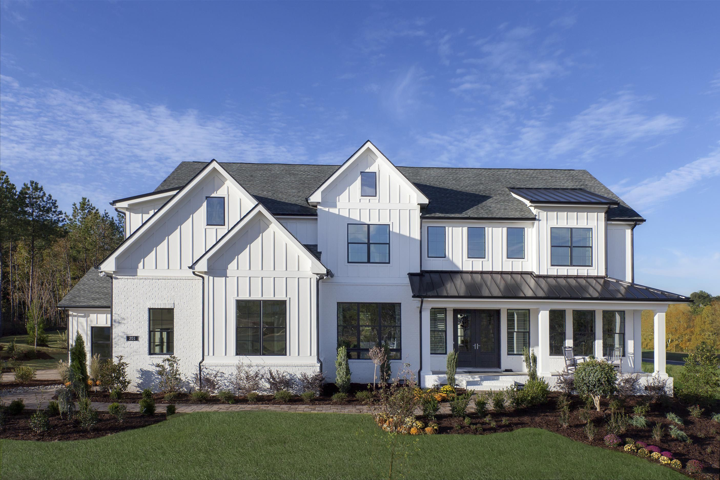 A Modern Farmhouse That Feels As Grand As It Does Inviting The Hollister Redefines Rustic In 2020 Modern Farmhouse Exterior Farmhouse Exterior Rustic Houses Exterior